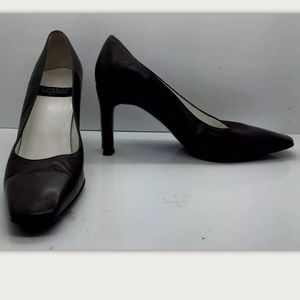 CHARLES JOURDAN Paris Leather Classic Heel Pumps